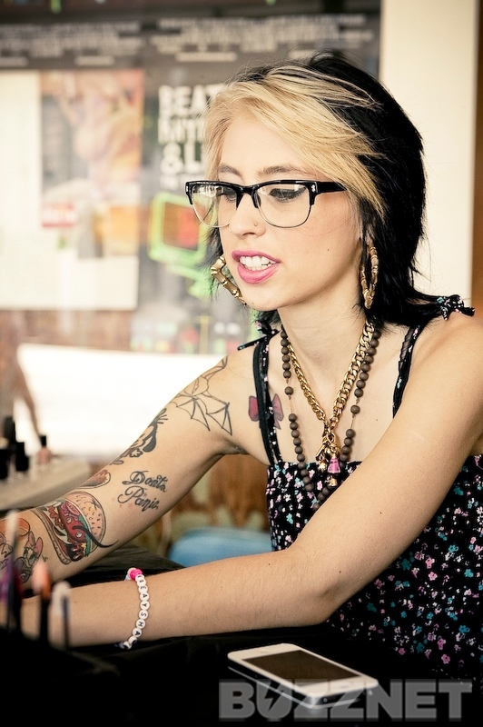 kreayshawn-talks-cats-style-eyeliner--large-msg-131454675855